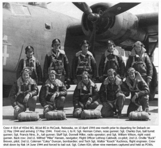 Lt Brewer and Crew 10-4-44.jpg