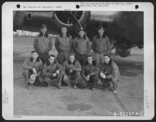 Lt C A White And Crew 20-2-45.jpg