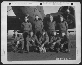 Lt Mims And Crew 23-12-44.jpg