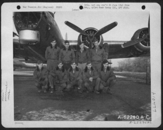 Lt Terry And Crew 1-1-45.jpg